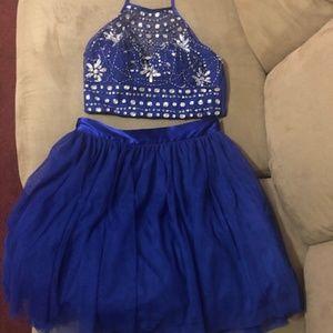 B. Darlin Homecoming Dress - size 7/8